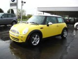 2005 Liquid Yellow Mini Cooper Hardtop #28196335