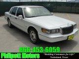 1996 Opal Metallic Tri-Coat Lincoln Town Car Signature #28594930