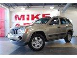 2006 Light Khaki Metallic Jeep Grand Cherokee Laredo #28723606