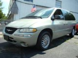 1999 Chrysler Town & Country Light Cypress Green Pearl