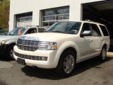 2007 White Chocolate Tri-Coat Lincoln Navigator Luxury 4x4 #28802159