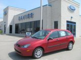 2003 Sangria Red Metallic Ford Focus ZX5 Hatchback #29004791