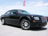 2008 Brilliant Black Crystal Pearl Chrysler 300 Touring #29200983