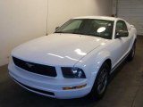 2005 Performance White Ford Mustang V6 Premium Coupe #29266023