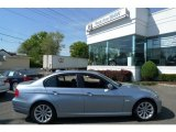 2010 Blue Water Metallic BMW 3 Series 328i xDrive Sedan #29342300
