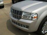 Silver Birch Metallic Lincoln Navigator in 2007