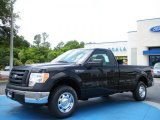 2010 Tuxedo Black Ford F150 XL Regular Cab #29899535
