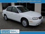 2004 Summit White Chevrolet Classic  #29899389