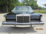 Lincoln Continental 1982 Data, Info and Specs