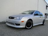 2005 CD Silver Metallic Ford Focus ZX3 S Coupe #30036319