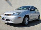 2003 CD Silver Metallic Ford Focus ZX5 Hatchback #30037122