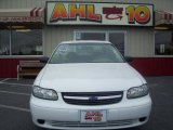 2004 Summit White Chevrolet Classic  #30157994
