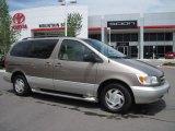 Beige Mica Pearl Metallic Toyota Sienna in 1998