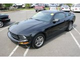2005 Black Ford Mustang V6 Deluxe Coupe #30367646