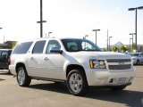 Chevrolet Suburban 2010 Data, Info and Specs