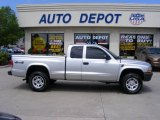 2003 Bright Silver Metallic Dodge Dakota SXT Club Cab 4x4 #30616263