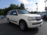 2007 White Chocolate Tri-Coat Lincoln Navigator Ultimate 4x4 #30722692