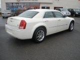 2008 Cool Vanilla White Chrysler 300 C HEMI AWD #30817053