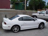 1996 Crystal White Ford Mustang GT Coupe #31080065