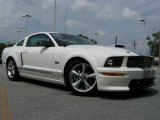 2007 Performance White Ford Mustang Shelby GT Coupe #31204087