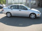 2003 CD Silver Metallic Ford Focus ZTS Sedan #31644002