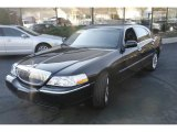 2008 Black Lincoln Town Car Signature Limited #3215647