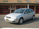 2005 CD Silver Metallic Ford Focus ZX5 S Hatchback #32535421