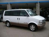 2000 Ivory White Chevrolet Astro LS AWD Passenger Van #32603797