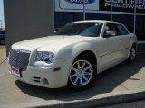 2005 Cool Vanilla Chrysler 300 C HEMI #32681794