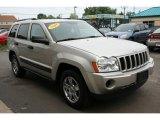 2006 Light Graystone Pearl Jeep Grand Cherokee Laredo 4x4 #32899001