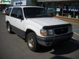 2000 Oxford White Ford Explorer XLT 4x4 #33802472