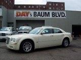 2005 Cool Vanilla Chrysler 300 C HEMI #3375039