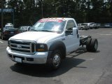 2006 Ford F350 Super Duty XLT Regular Cab Dually Chassis Data, Info and Specs