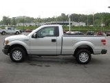 2010 Ingot Silver Metallic Ford F150 XL Regular Cab #34923565