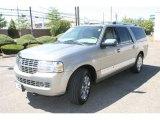 2008 Vapor Silver Metallic Lincoln Navigator L Luxury 4x4 #35126179
