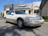 2004 Vibrant White Lincoln Town Car Ultimate #35222234