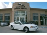 2000 Crystal White Ford Mustang V6 Coupe #35552844