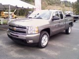 2009 Graystone Metallic Chevrolet Silverado 1500 LT Extended Cab 4x4 #36062858