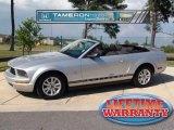 2009 Brilliant Silver Metallic Ford Mustang V6 Convertible #36857370