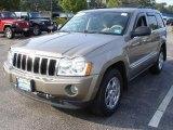 2006 Light Khaki Metallic Jeep Grand Cherokee Limited 4x4 #37125168