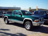 2004 Timberline Green Pearl Dodge Dakota SLT Club Cab 4x4 #3732054