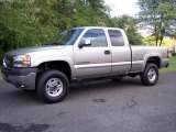 2002 GMC Sierra 2500HD SLE Extended Cab 4x4 Data, Info and Specs