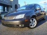 2005 Liquid Grey Metallic Ford Focus ZX3 SE Coupe #37699139