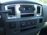2007 Dodge Ram 1500 SLT Quad Cab 4x4 Controls