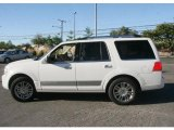 2008 Lincoln Navigator Luxury 4x4 Data, Info and Specs