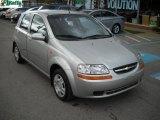 2004 Chevrolet Aveo Hatchback Data, Info and Specs