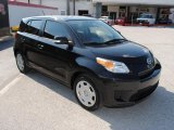 Scion xD 2008 Data, Info and Specs