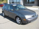 2005 Liquid Grey Metallic Ford Focus ZX5 SES Hatchback #38549191