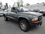 Dodge Dakota 2003 Data, Info and Specs