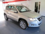 2011 Volkswagen Tiguan White Gold Metallic